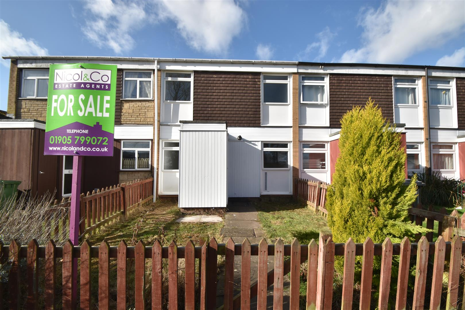 3 Bedrooms Terraced House for sale in Shepherds Place, Droitwich